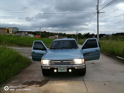 Toyota 22R año 1990 4×2 muy original nítido