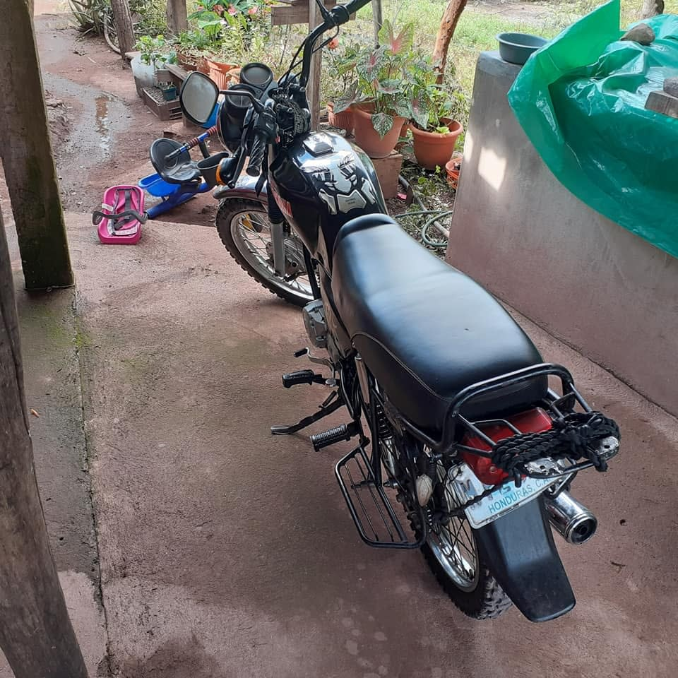 Moto cruxita
